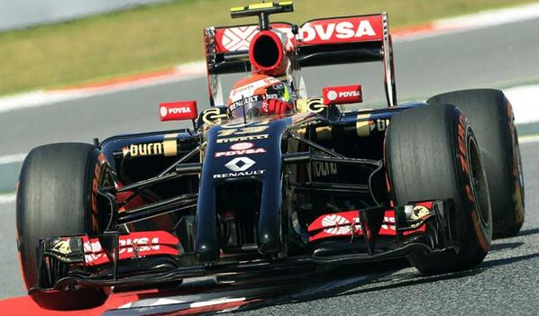 Tras salir ?ltimo, Maldonado y su Lotus terminaron 15?